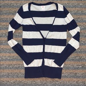 Buy 2, get 1 FREE🔴 navy and cream cardigan